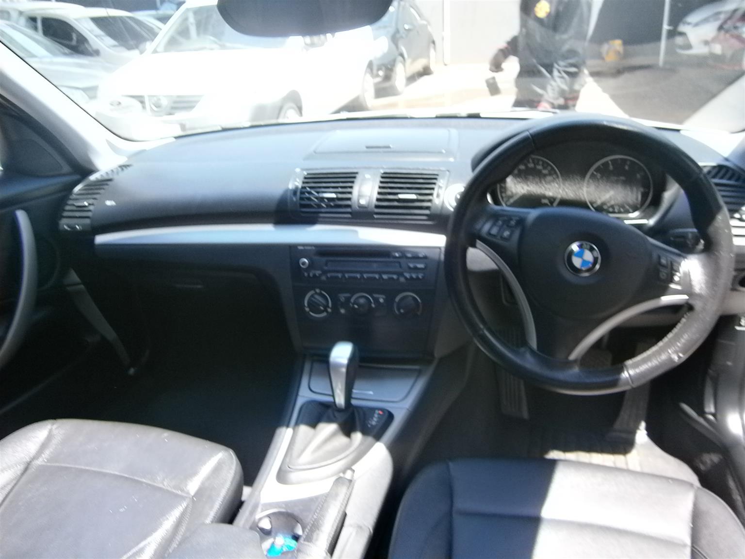 2011 BMW 1 Series 118i 5 door M Sport auto