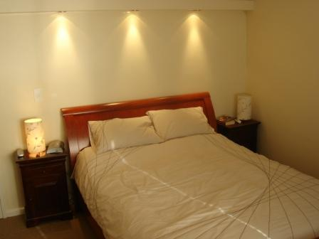 Furnished 2 Bedroom apartment, Camps Bay Secure upmarket complex. Airconditioned