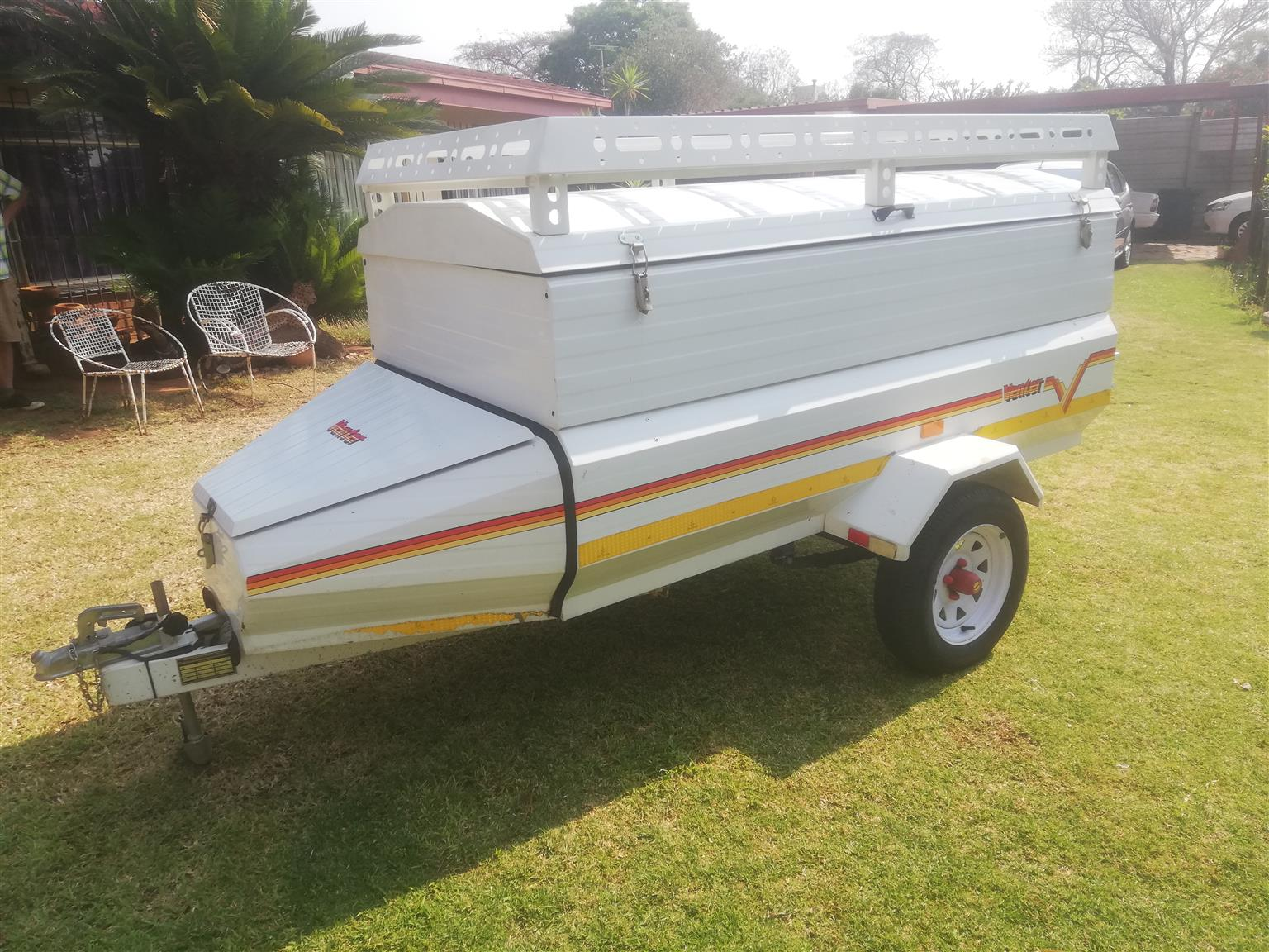 selling 6ft venter trailer was used for camping, roof reck, still new, no rust 25000 or nearest cash offer call or whatapp 0817336778