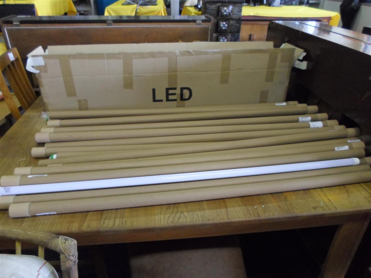 Zactic Fitting and Tube LED Lights