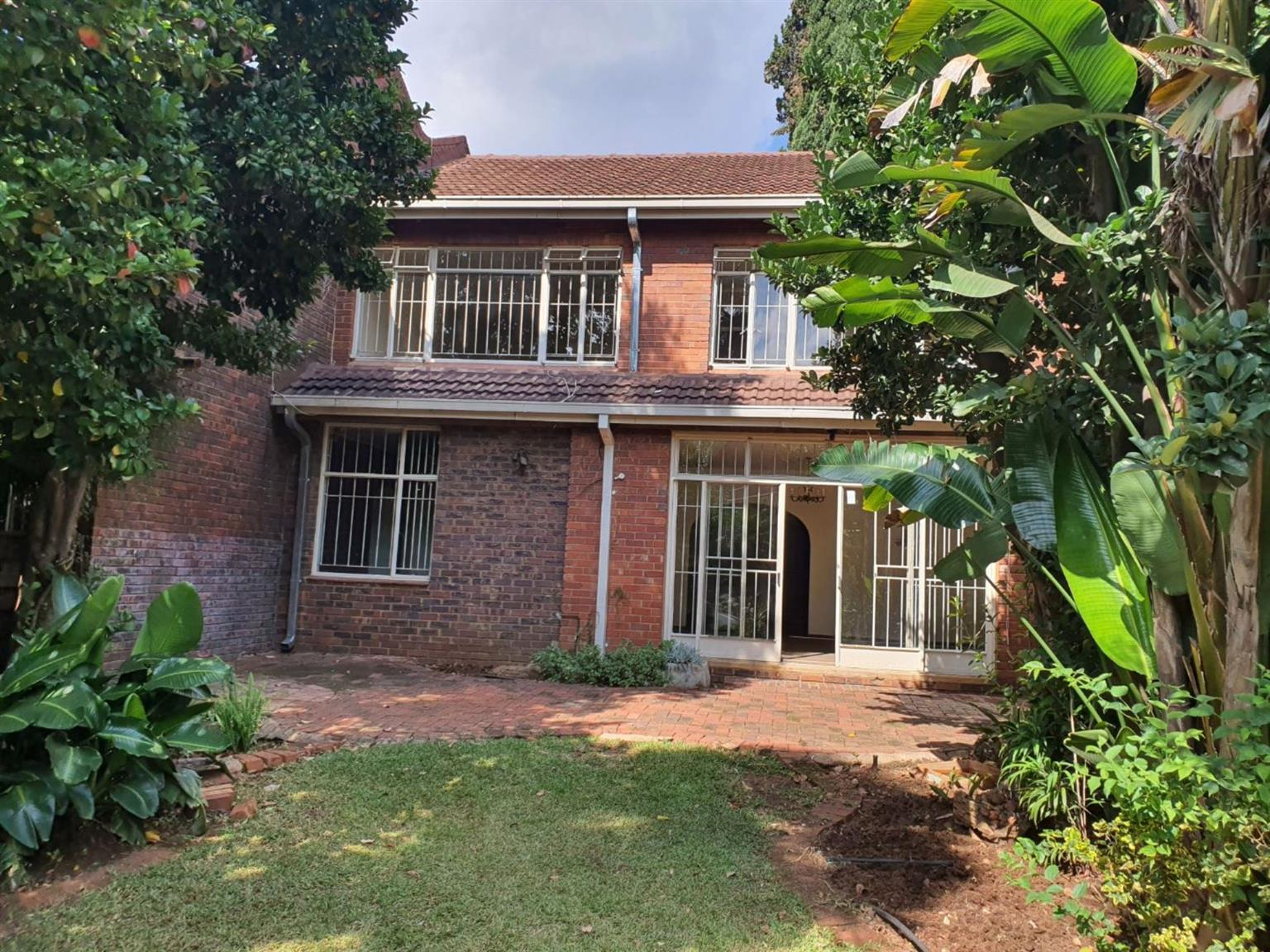 Townhouse For Sale in ASHLEA GARDENS