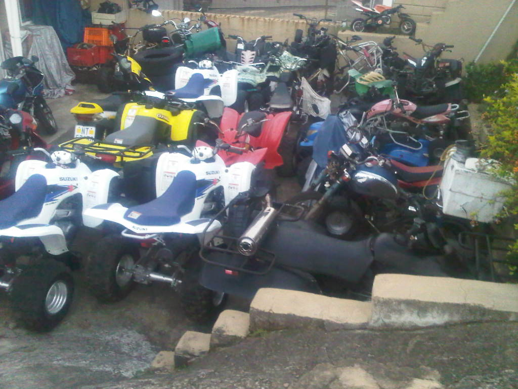 Motorcycle parts/chinese/japanese/repairs services/couriers done all over sa @clives bikes DURBAN