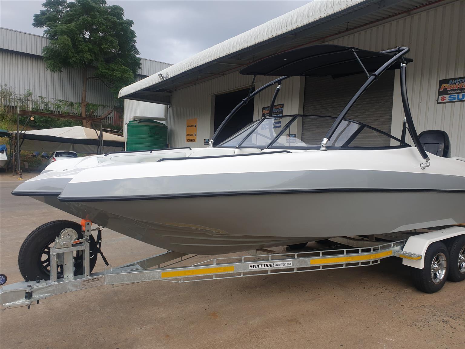 classic 230 on trailer 2020 model 250 hp mercury verado 4 stroke