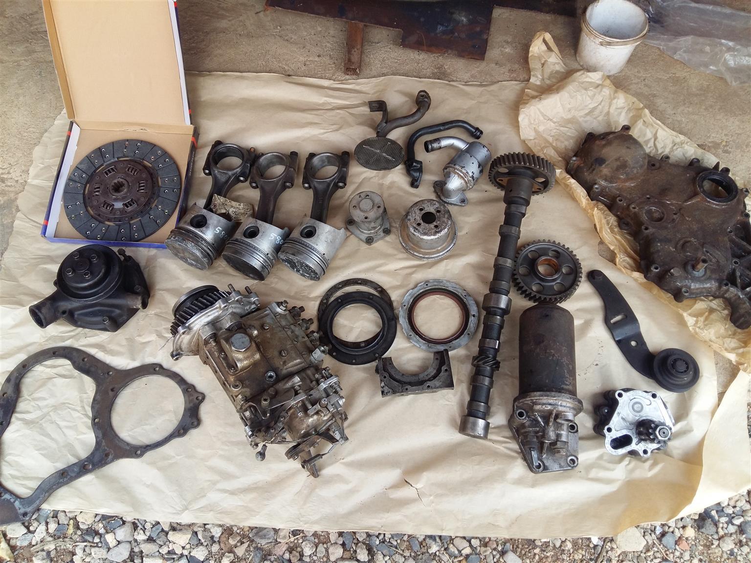 Mitsubishi canter 4D30 engine parts