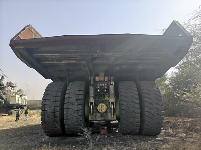 Euclid-Hitachi EH3500 Rigid Dump Truck - ON AUCTION