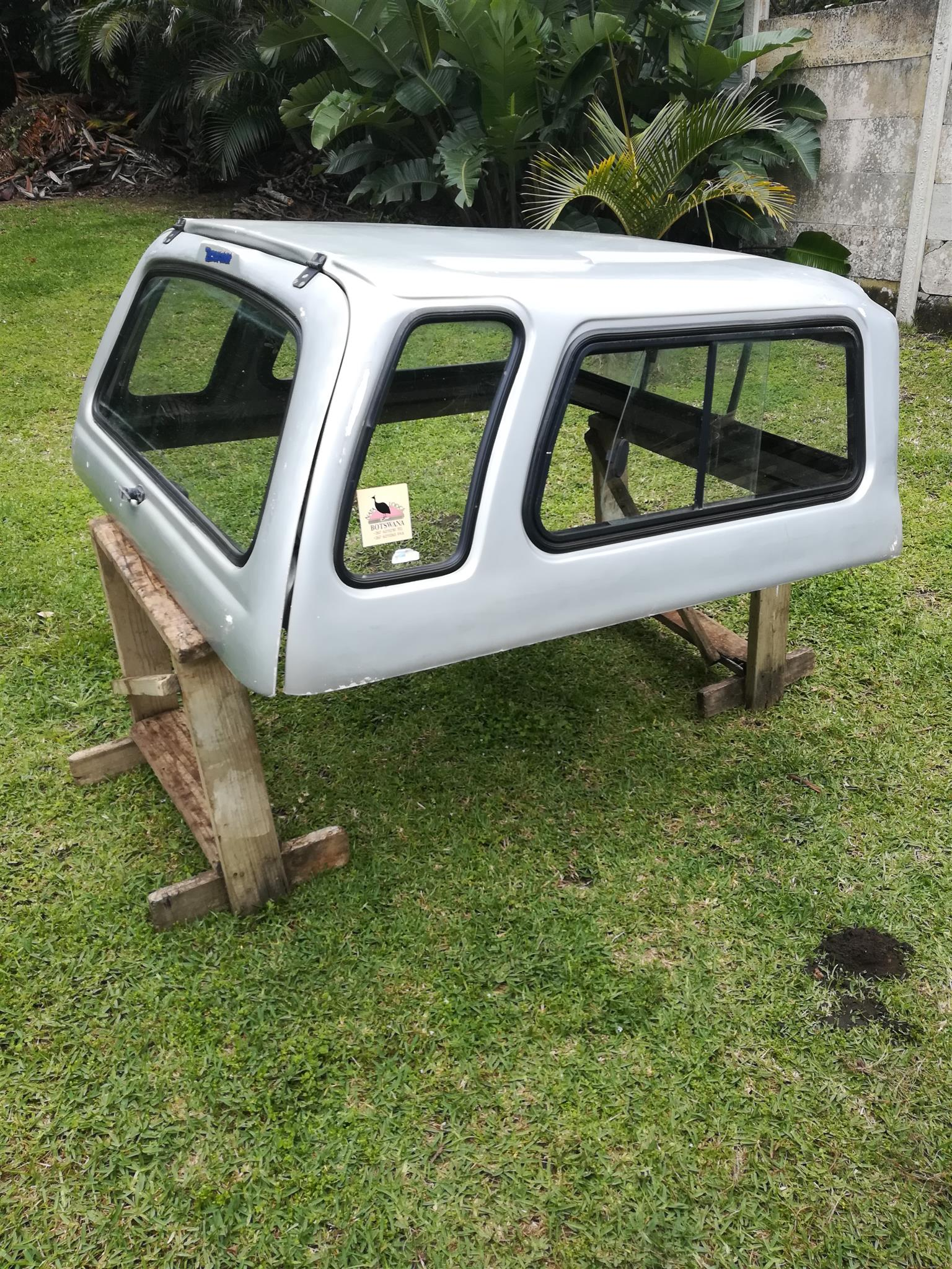 Mitsubishi Colt Double cab canopy