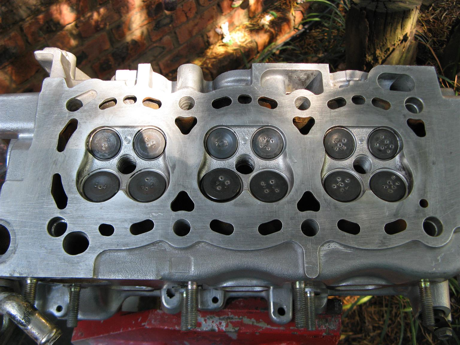 Charade cylinder head - recon - '99 - 2008