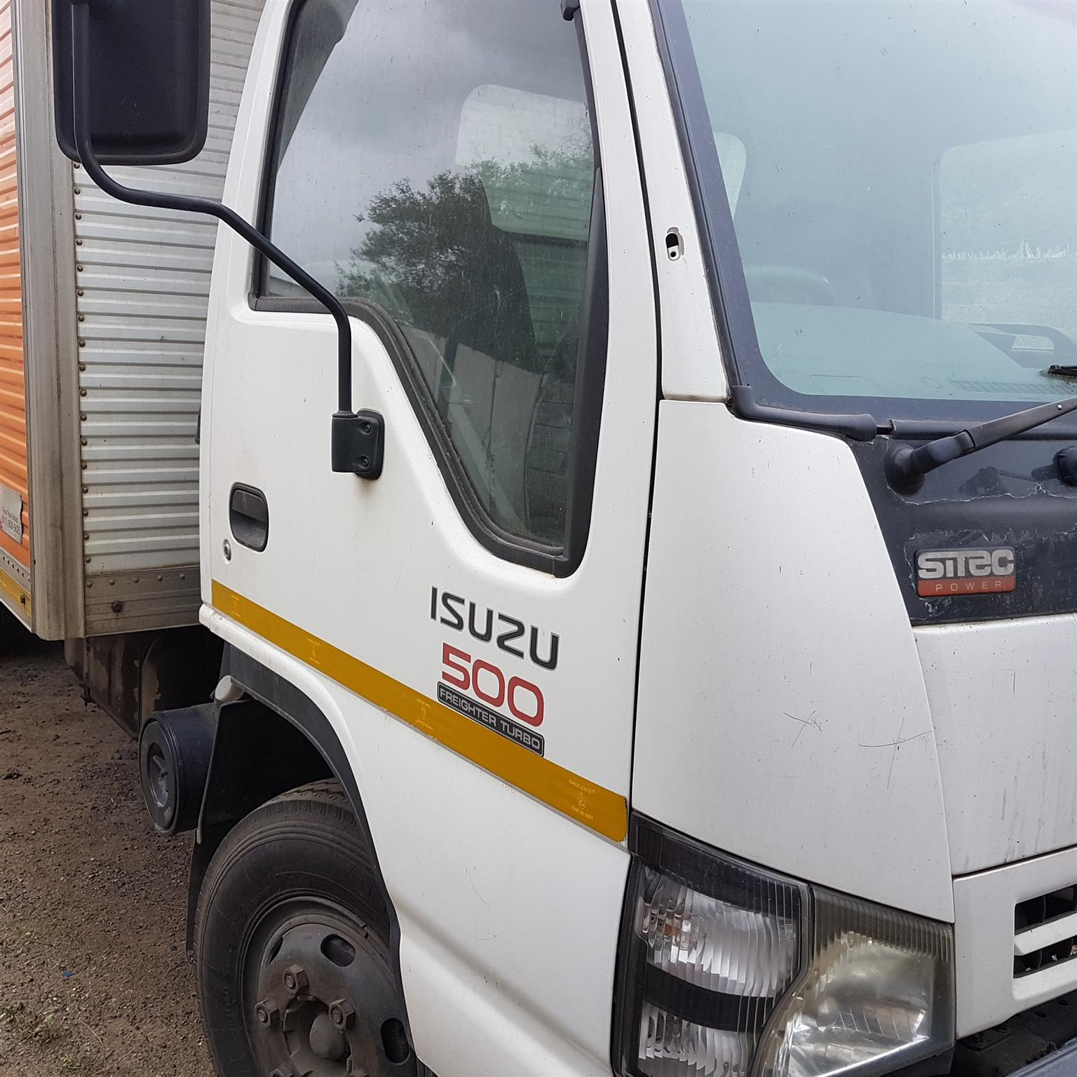 2007 ISUZU NQR 500 SITEC TRUCK - Stripping 4 spares only. 4HK1 Ti engine Parts . 6 Sp gearbox ,Closed body