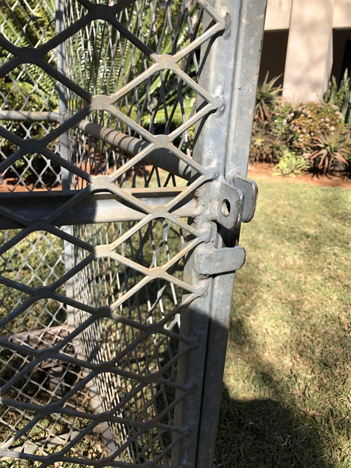 Galvanized steel rabbit cage for sale.