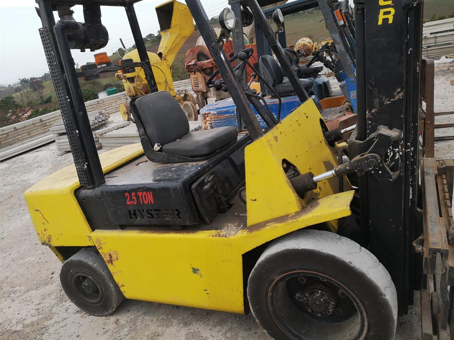 2,5 ton hyster for sale.