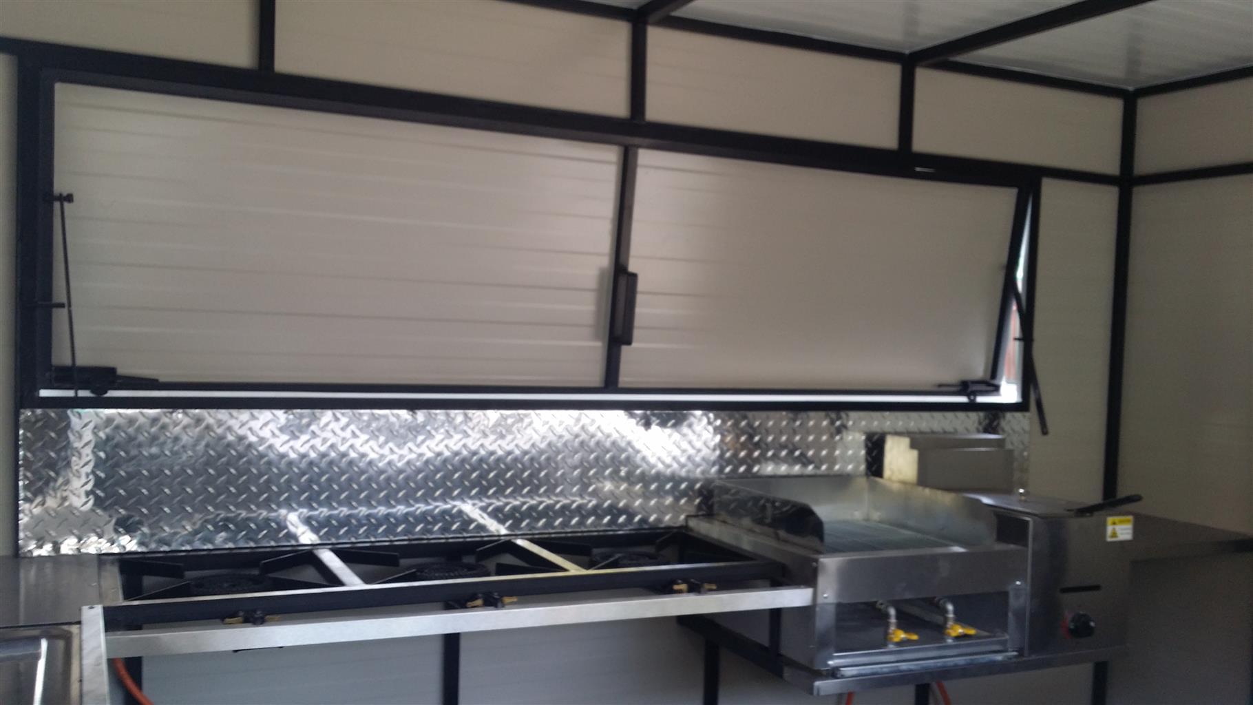 3M Mobile Kitchen