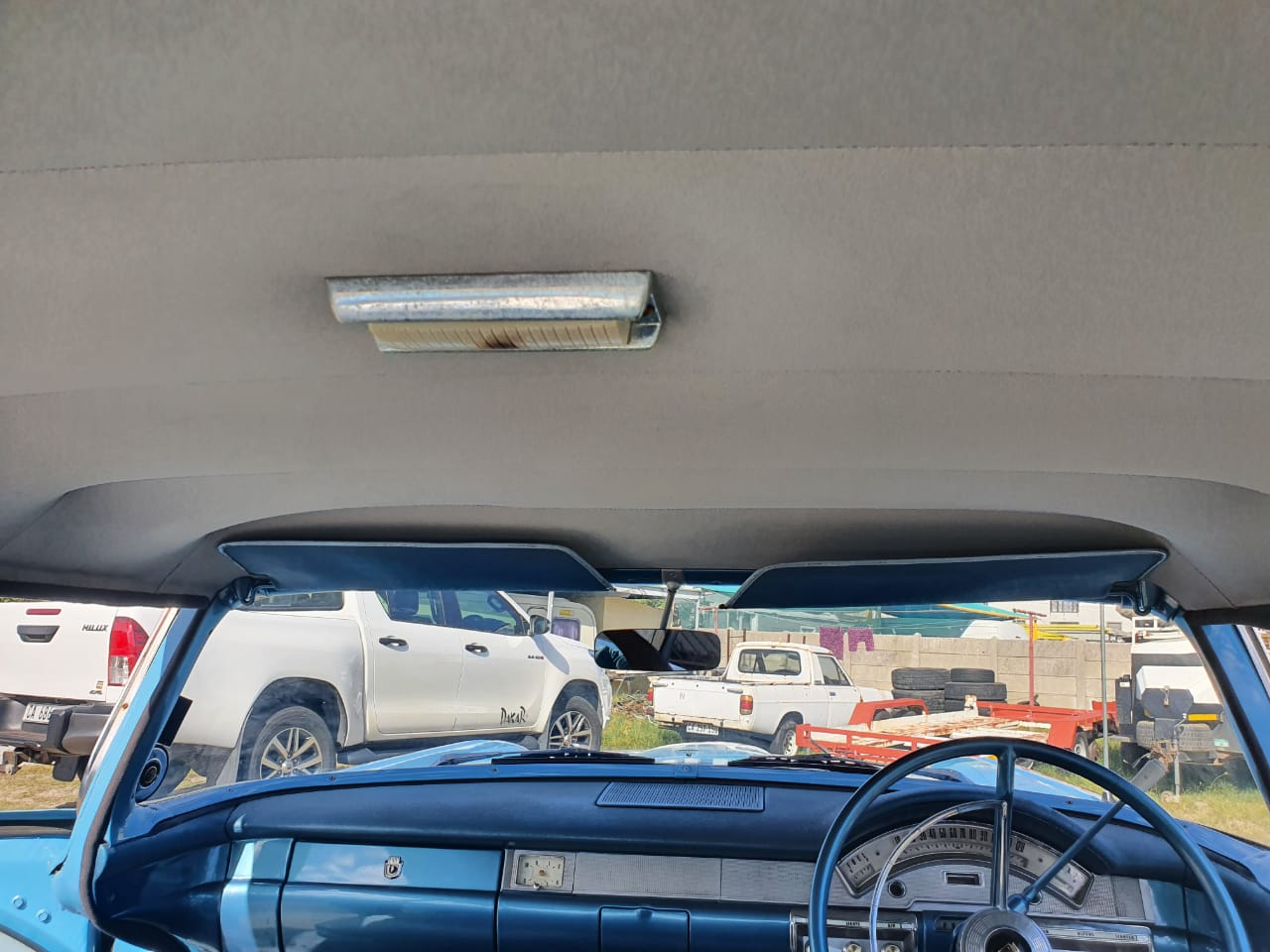 1958 ford fairlane good condition with papers.v8 with jaguar suspension