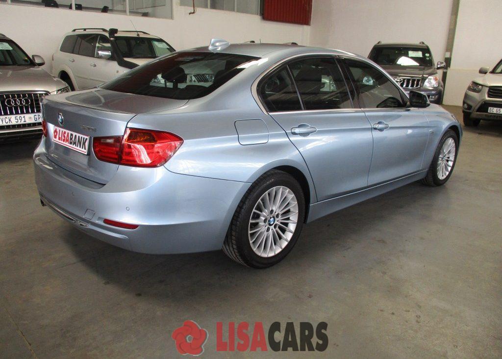 2012 BMW 3 Series 320d Luxury Line auto