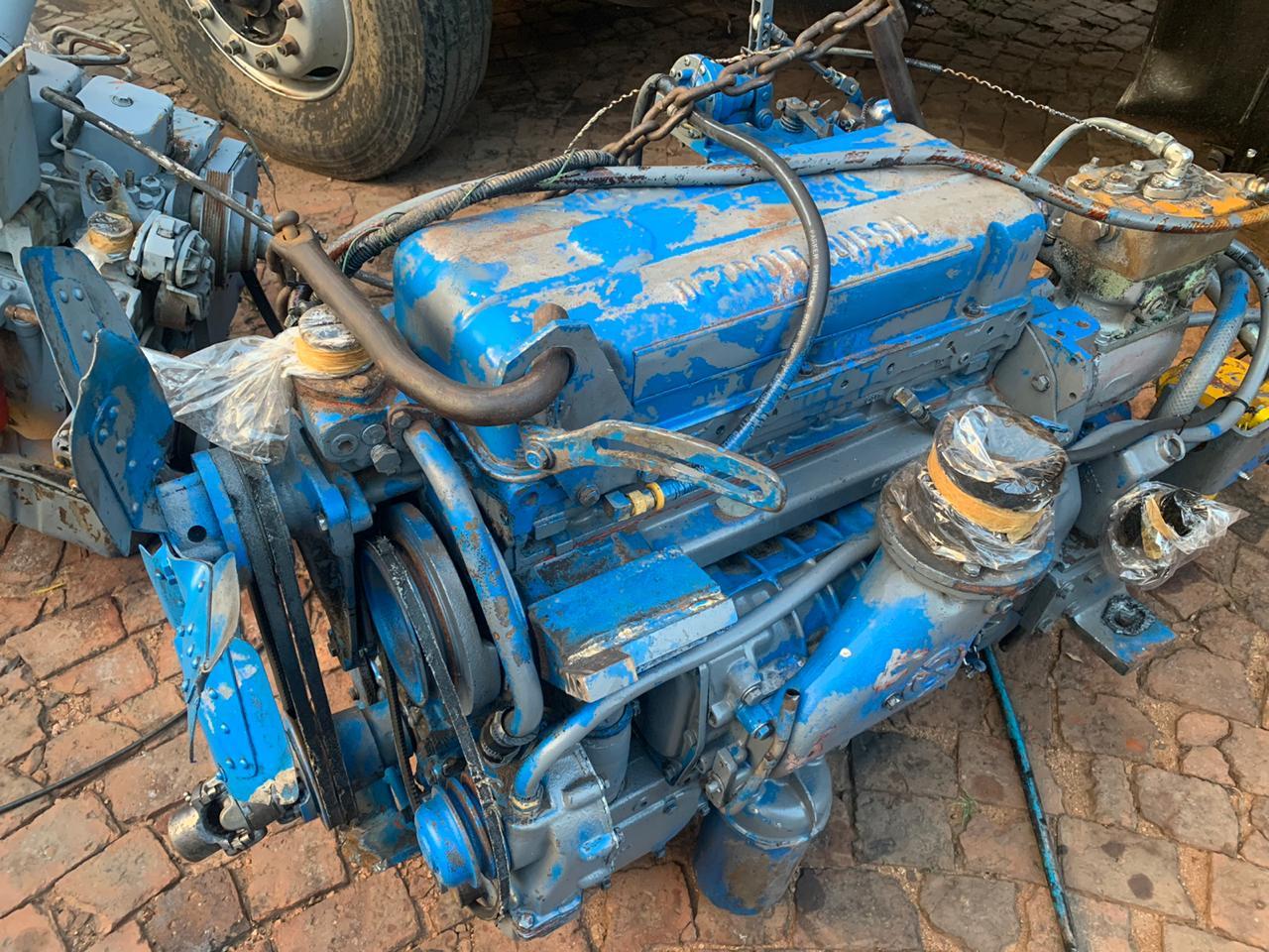 Detroit 453 2 stroke diesel engine