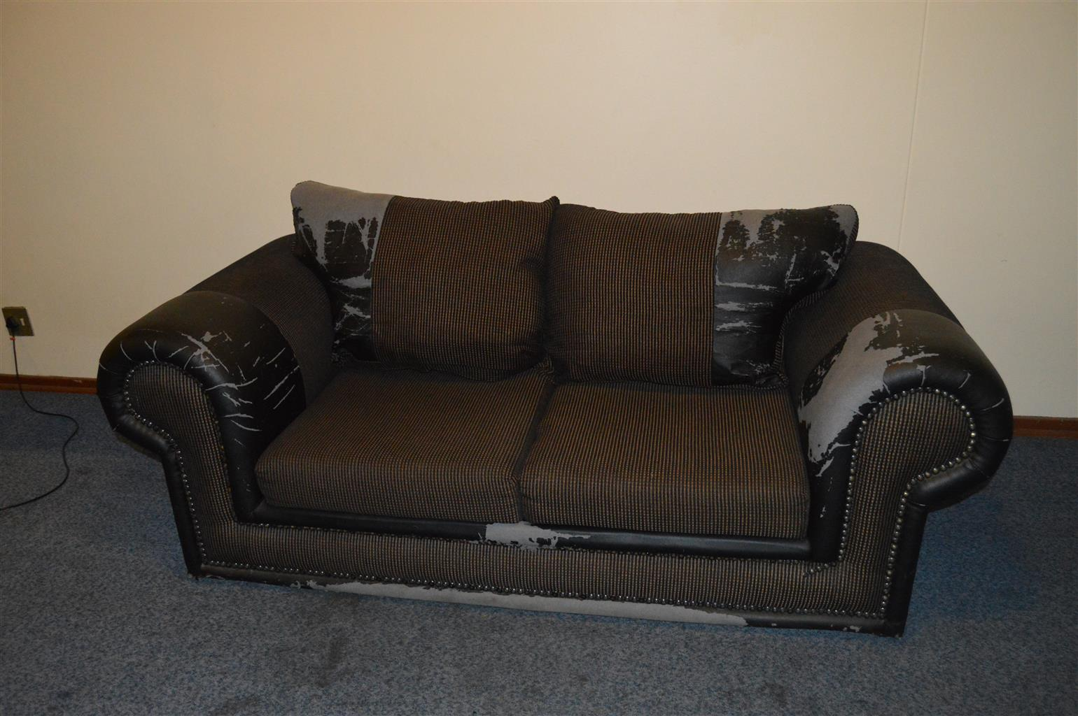 Old Couch For Sale Junk Mail