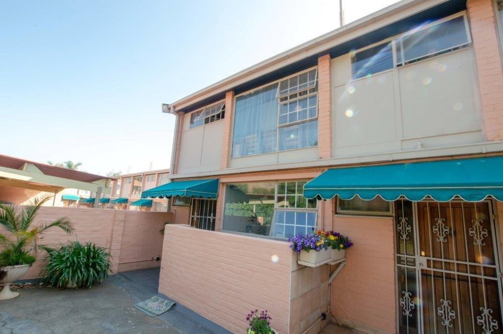 Townhouse For Sale in Alberante