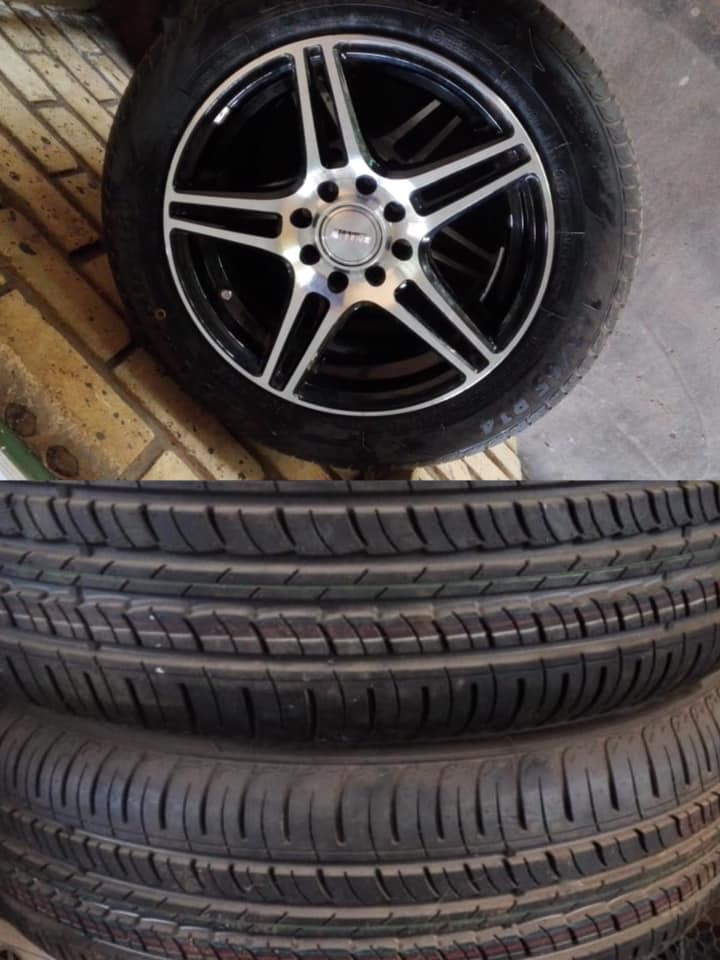 Size 14 mag rims and tyres
