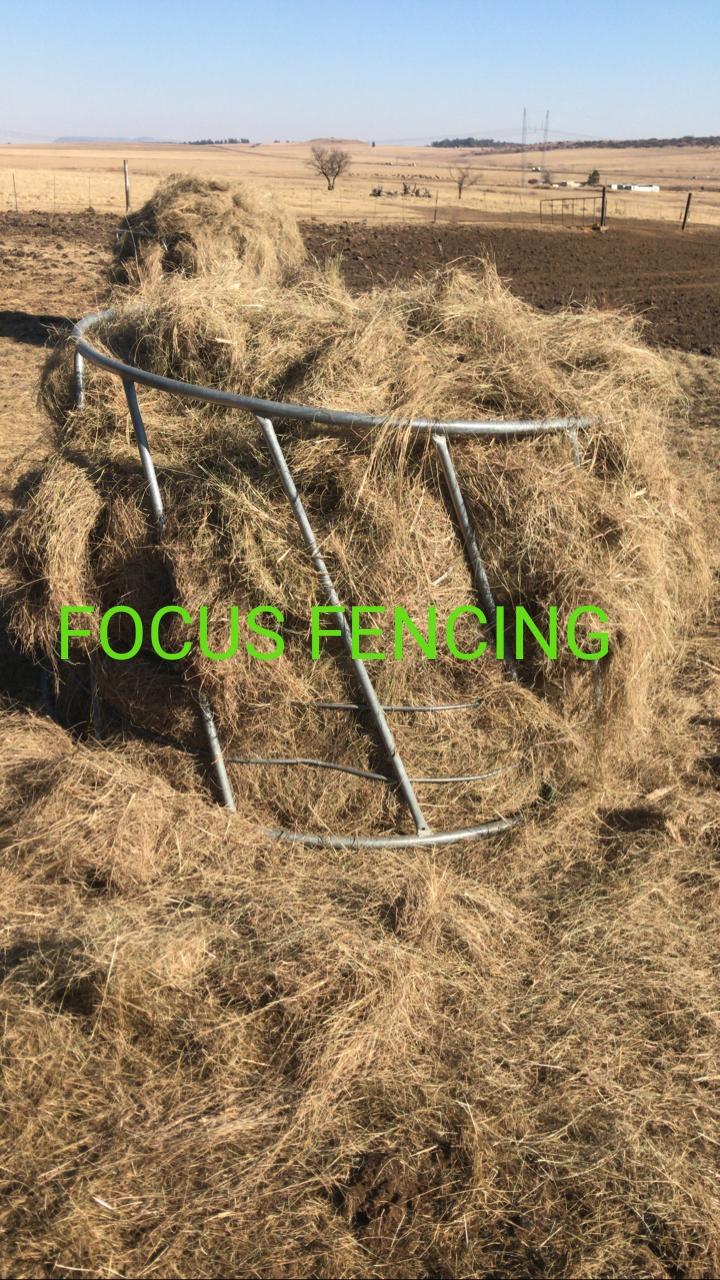 Galvanized Cattle Hay Feeders