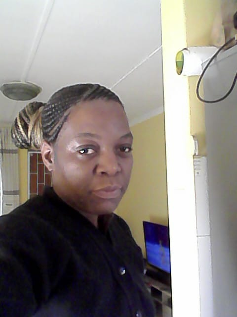 Zim maid,nanny,cook,cleaner and care-giver with genuine refs needs live in or live out position