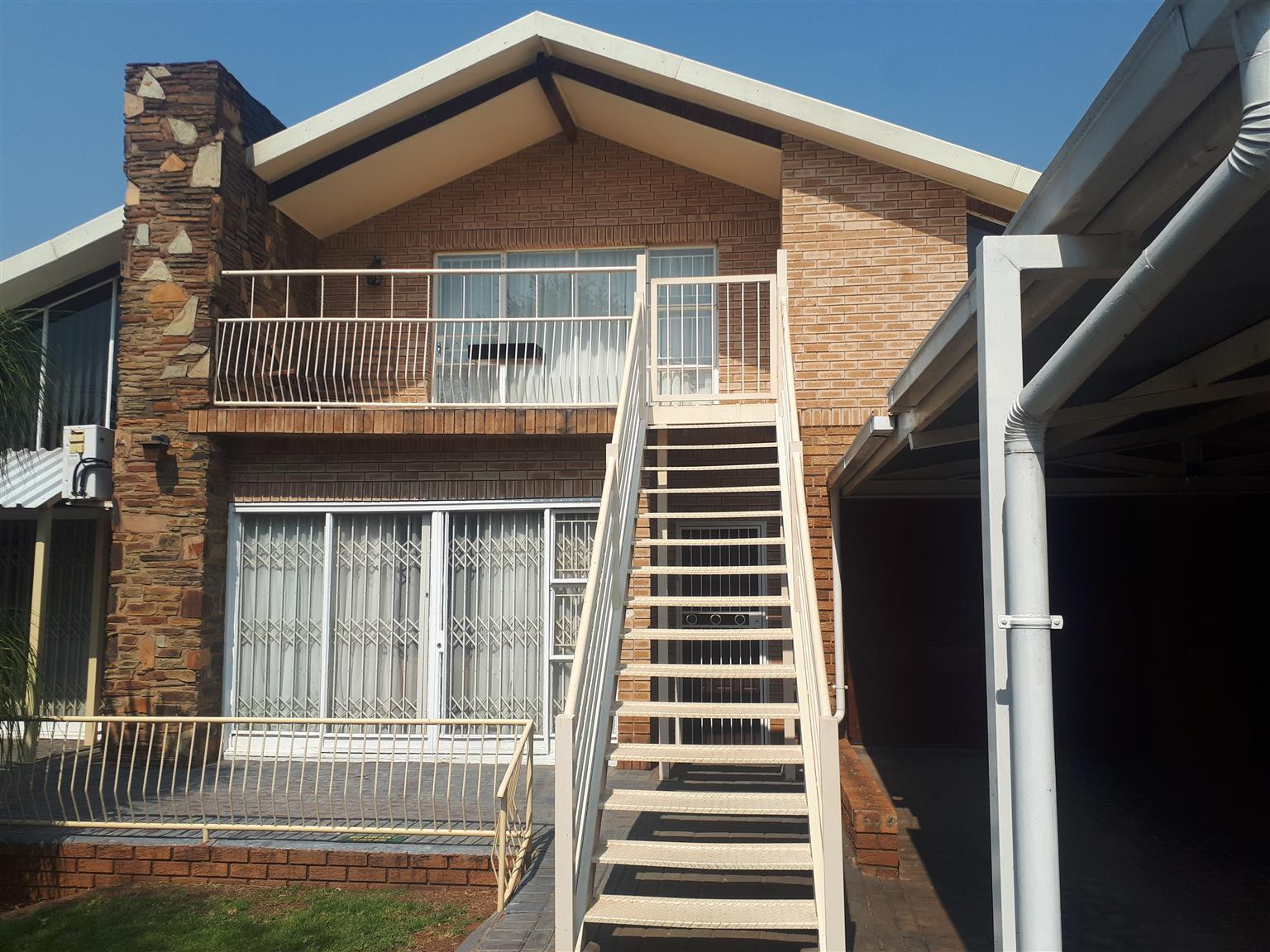 1st floor flat in Waverley for rent
