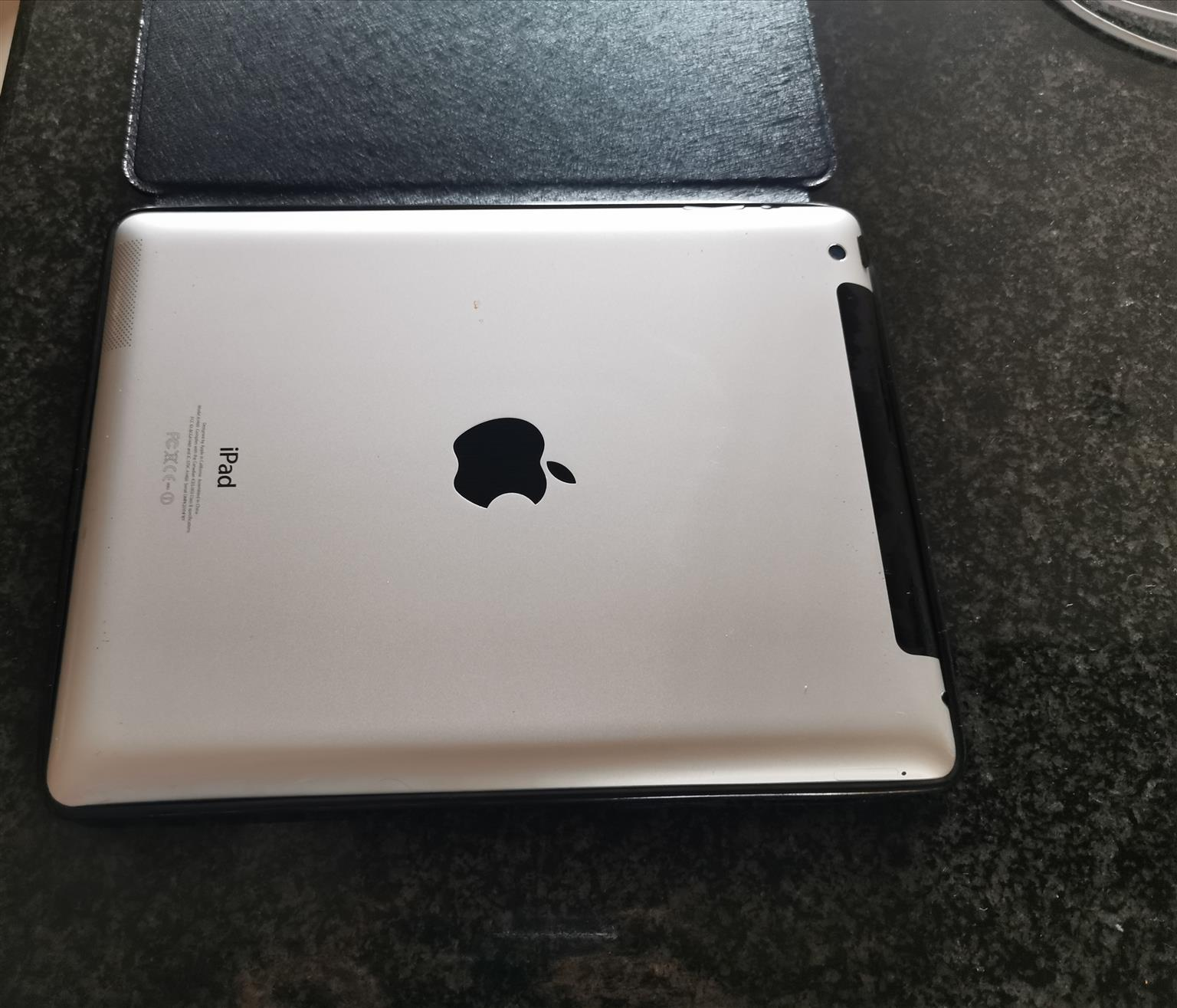 Apple Ipad Generation 4 - 64GB