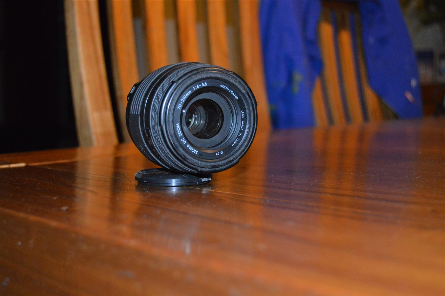 Sigma 70 - 210 mm lense to Fit Canon EOS Digital SLR Camera