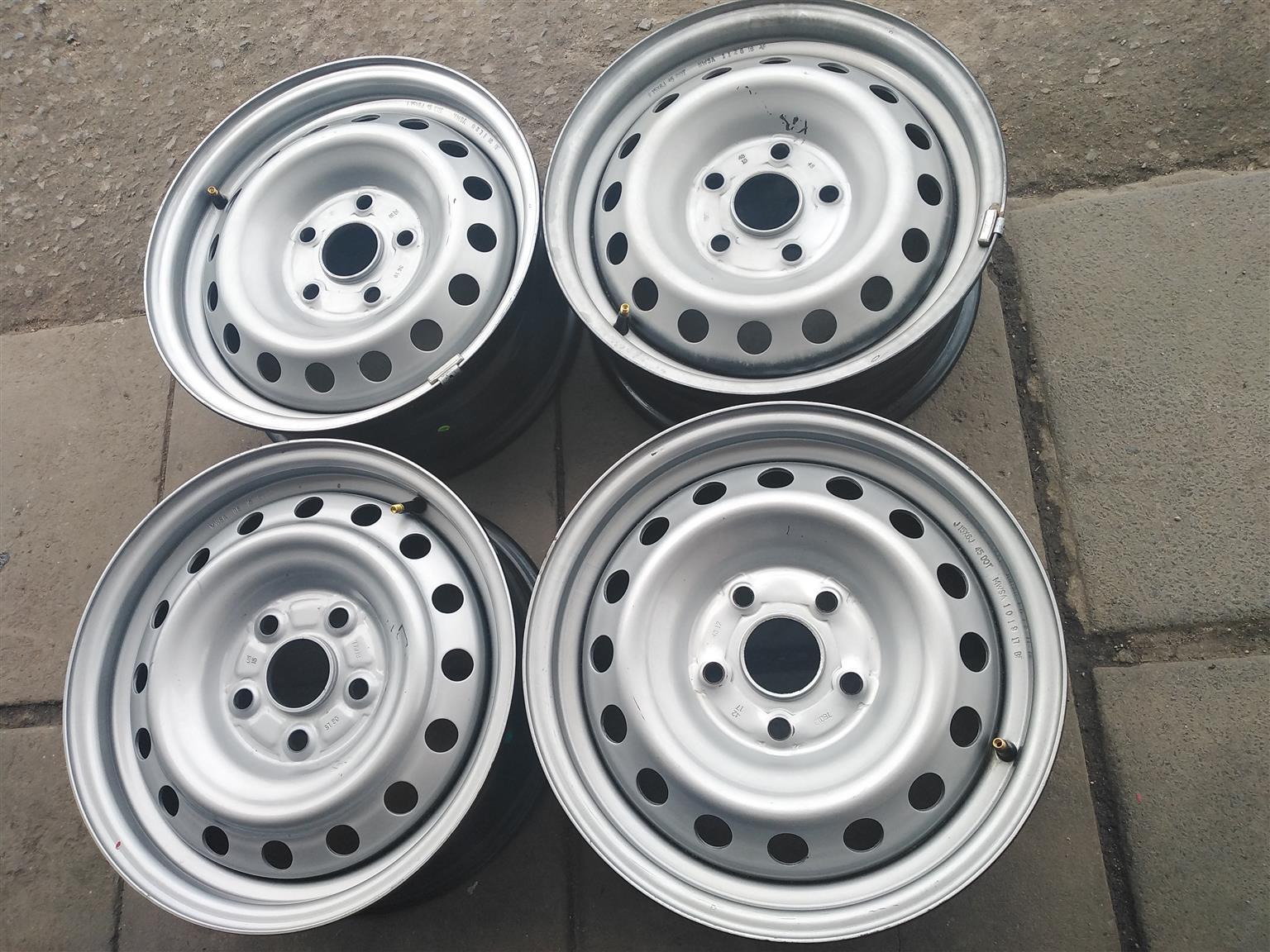 "15"" Toyota vvti hilux steel rims for"
