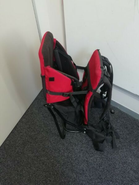 049d885428d Gently used K-Way Deluxe Baby Carrier