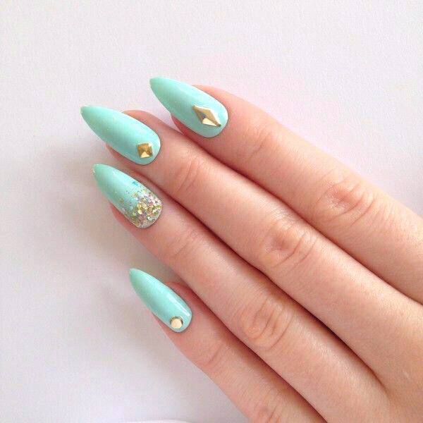 Learn to do Nails, with acrylic or gel. | Junk Mail