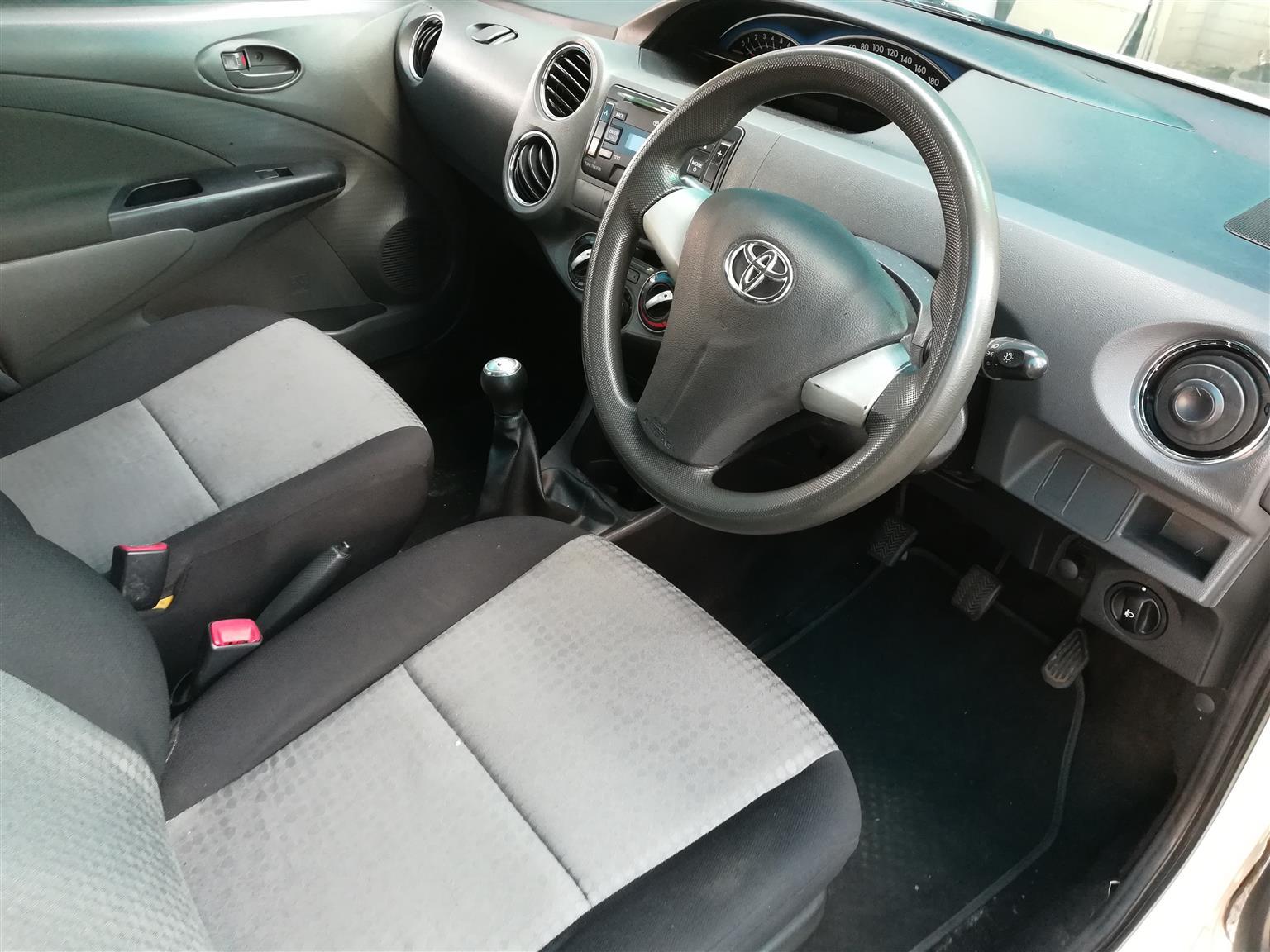 2016 Toyota Etios hatch 1.5 Sprint