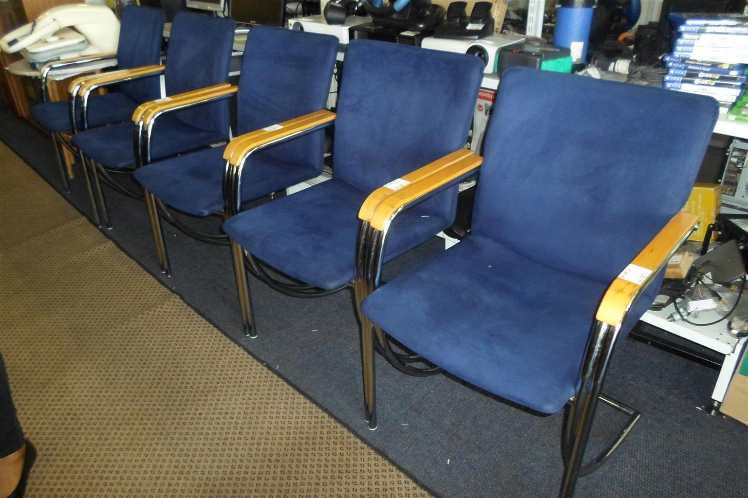 6x Office Chairs