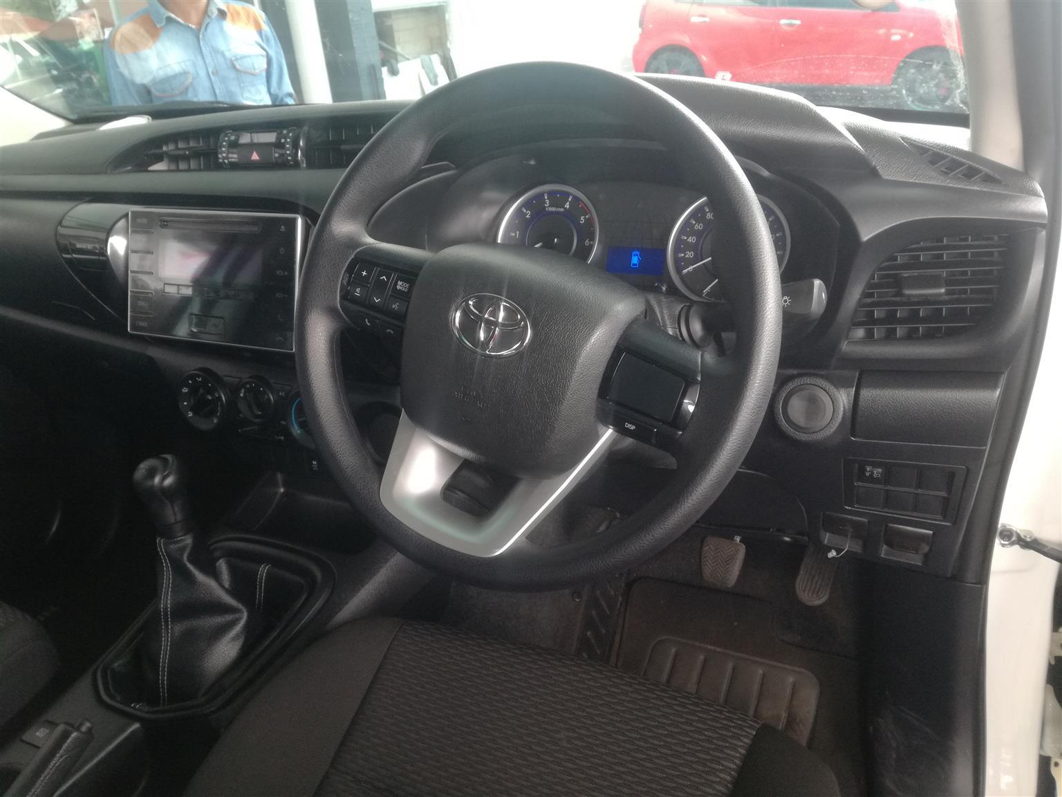 2017 Toyota Hilux double cab HILUX 2.4 GD 6 RB SRX P/U D/C