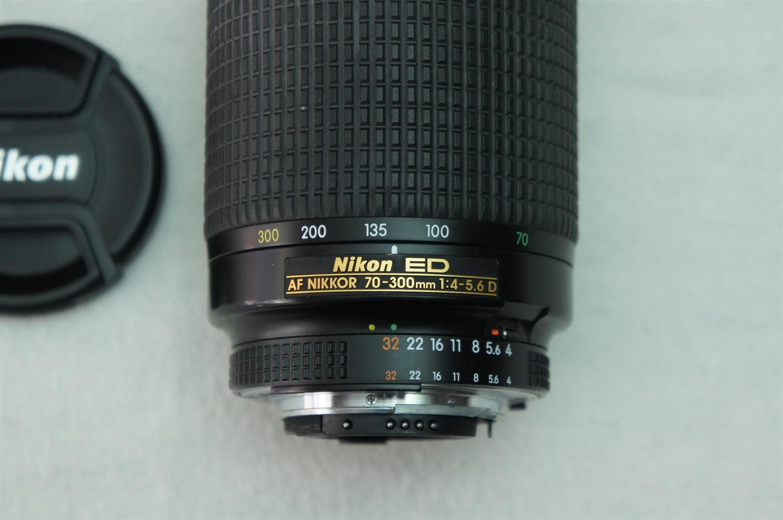 Nikon 70-300mm f/4-5.6D ED Auto Focus Nikkor SLR Camera for Bodies with build in focus motor