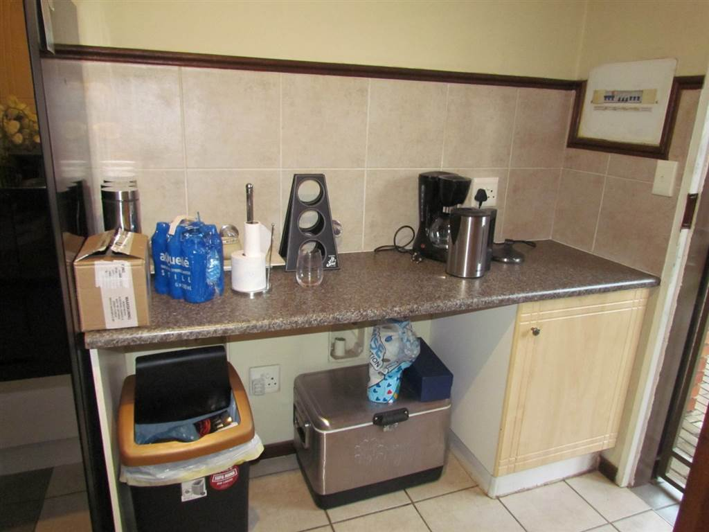 2 Bed Apartment in Eco Park for Sharing