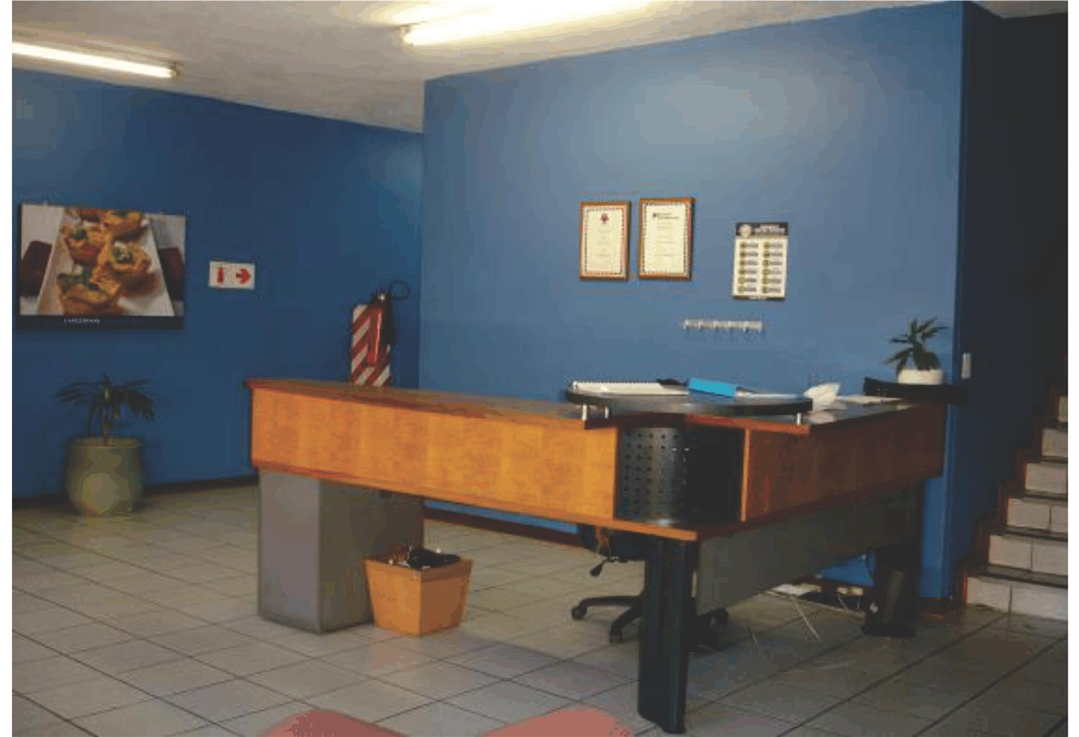 Laser park, Potential Nail Salon Office to let