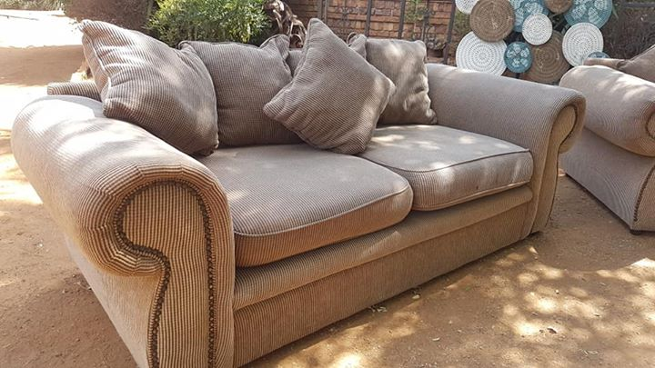 Lounge Set For Sale Junk Mail