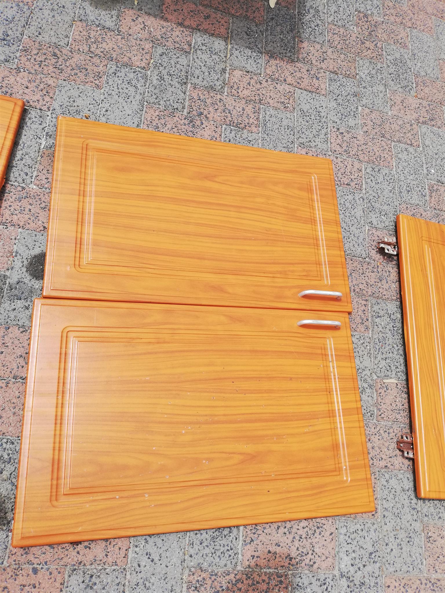 Cherry Royal finish kitchen doors and draws