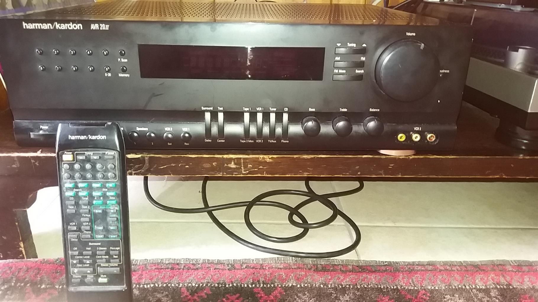 Wanted AMPLIFIER for  Home Sound 5.1 Surround System - 3 Input slots at least