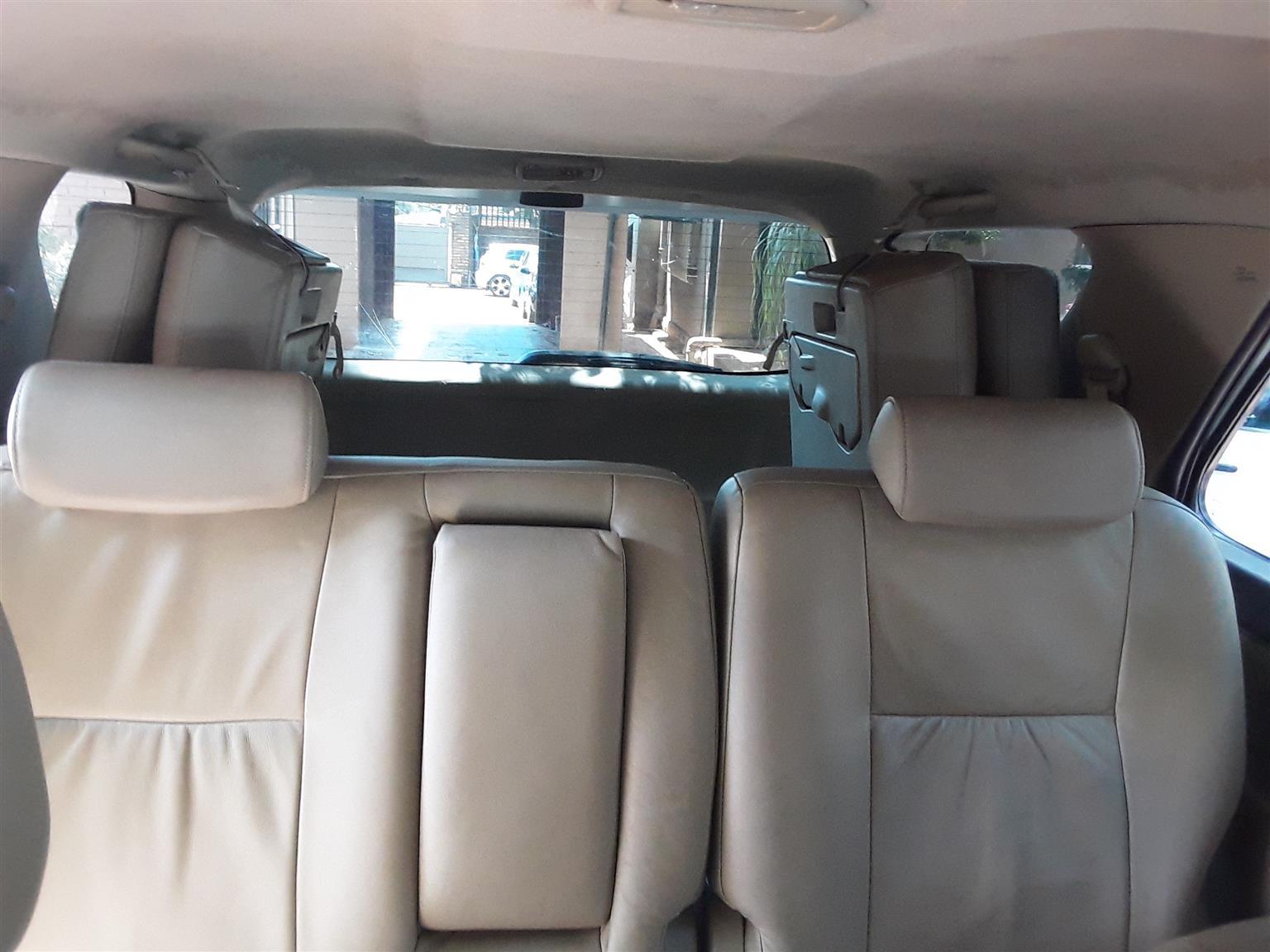 2011 Toyota Fortuner 3.0D 4D