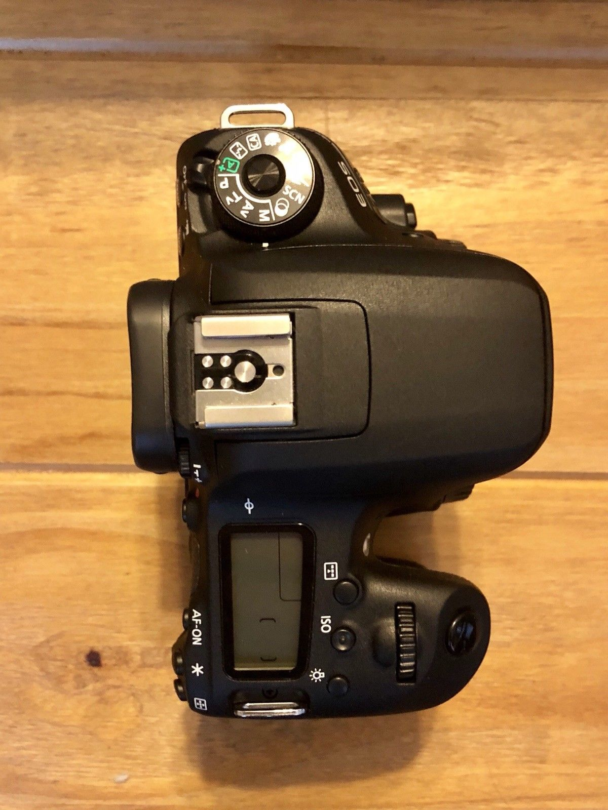 Canon EOS 77D For Sale