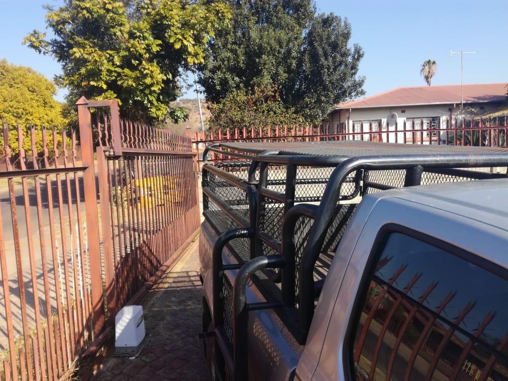 Cattle rails