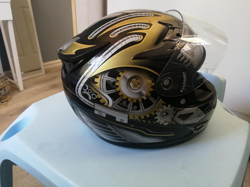 Large VR1 helmet