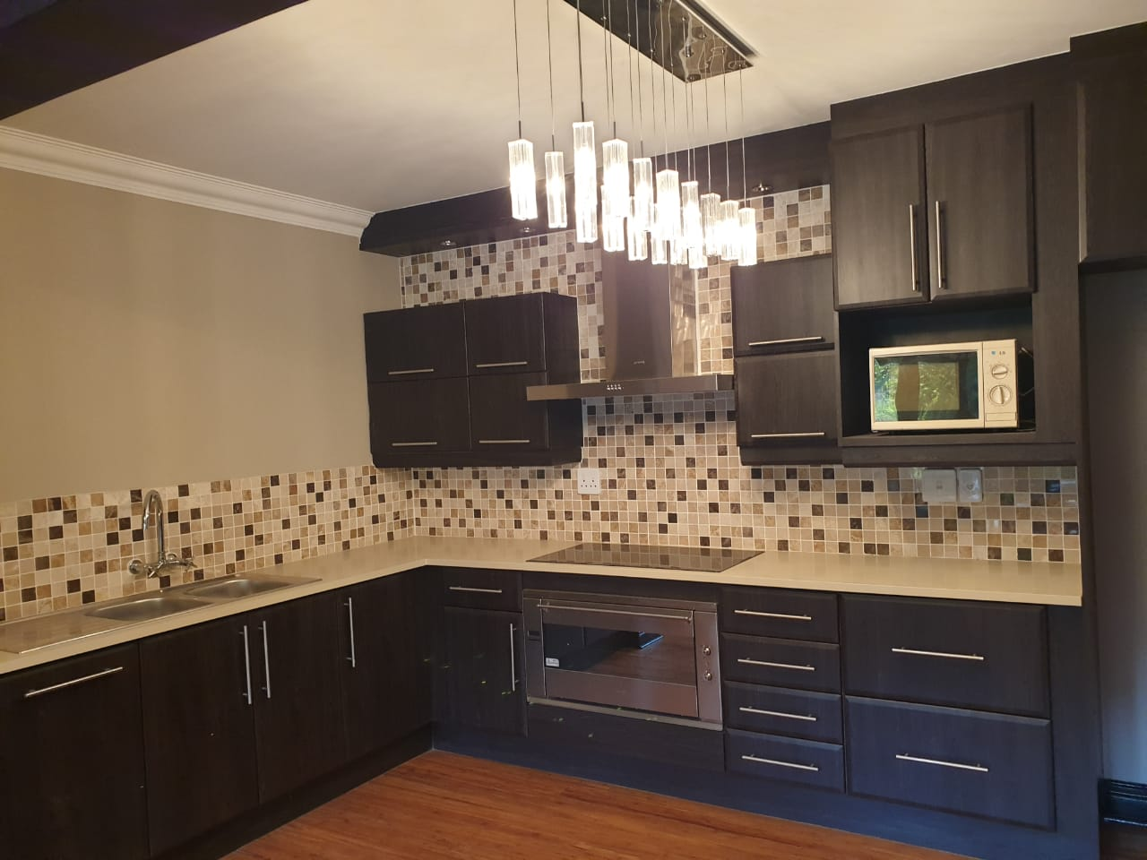 Executive Double Story 5 Bedroom House to rent