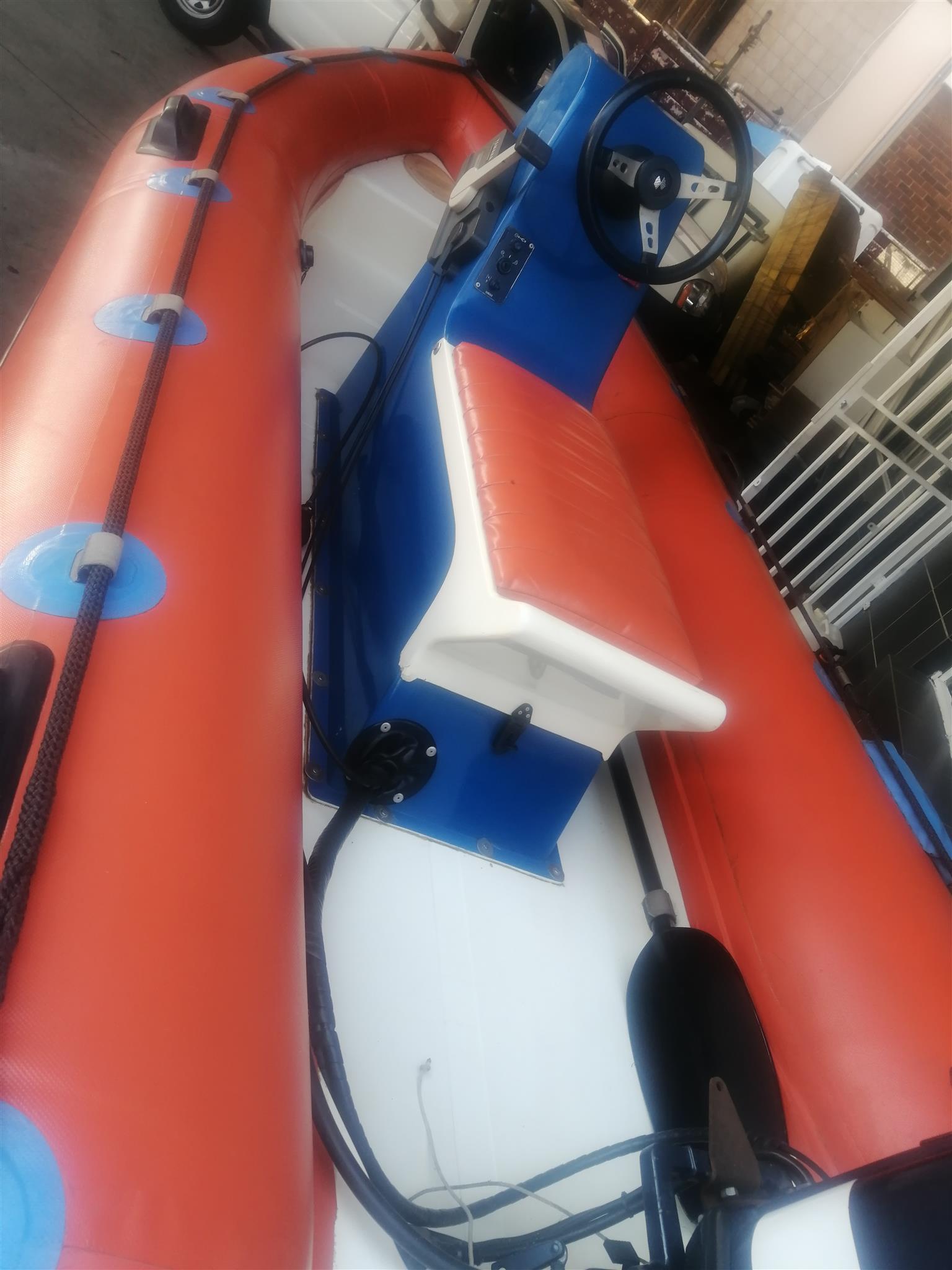 Yamaha 30 boat