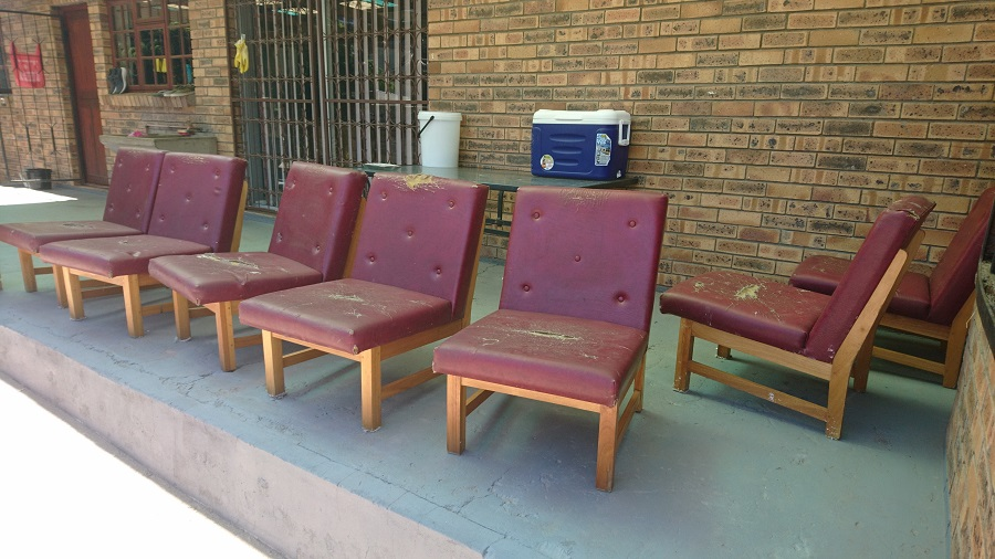 Office chairs x 7
