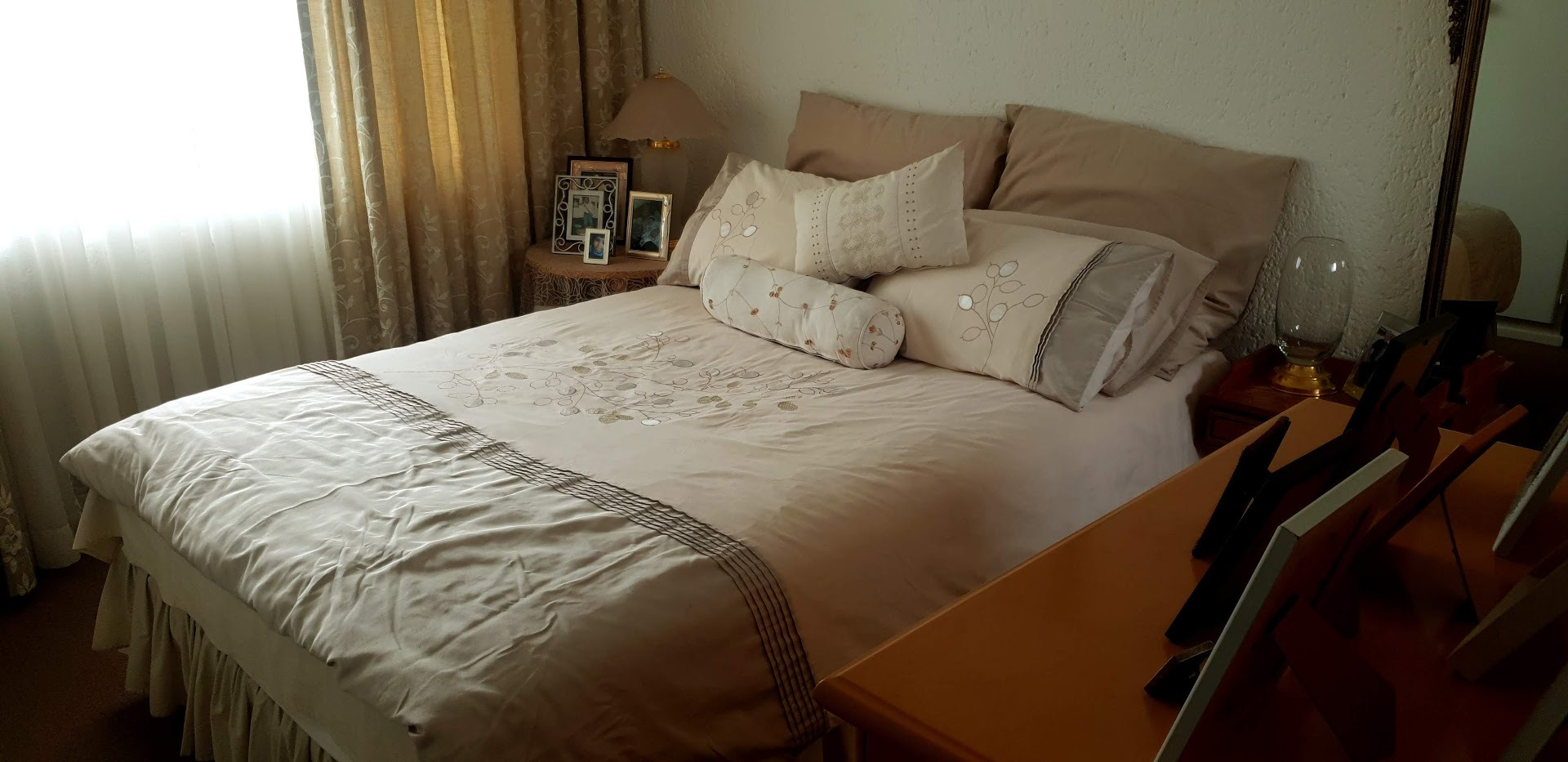 Apartment For Sale in Rewlatch
