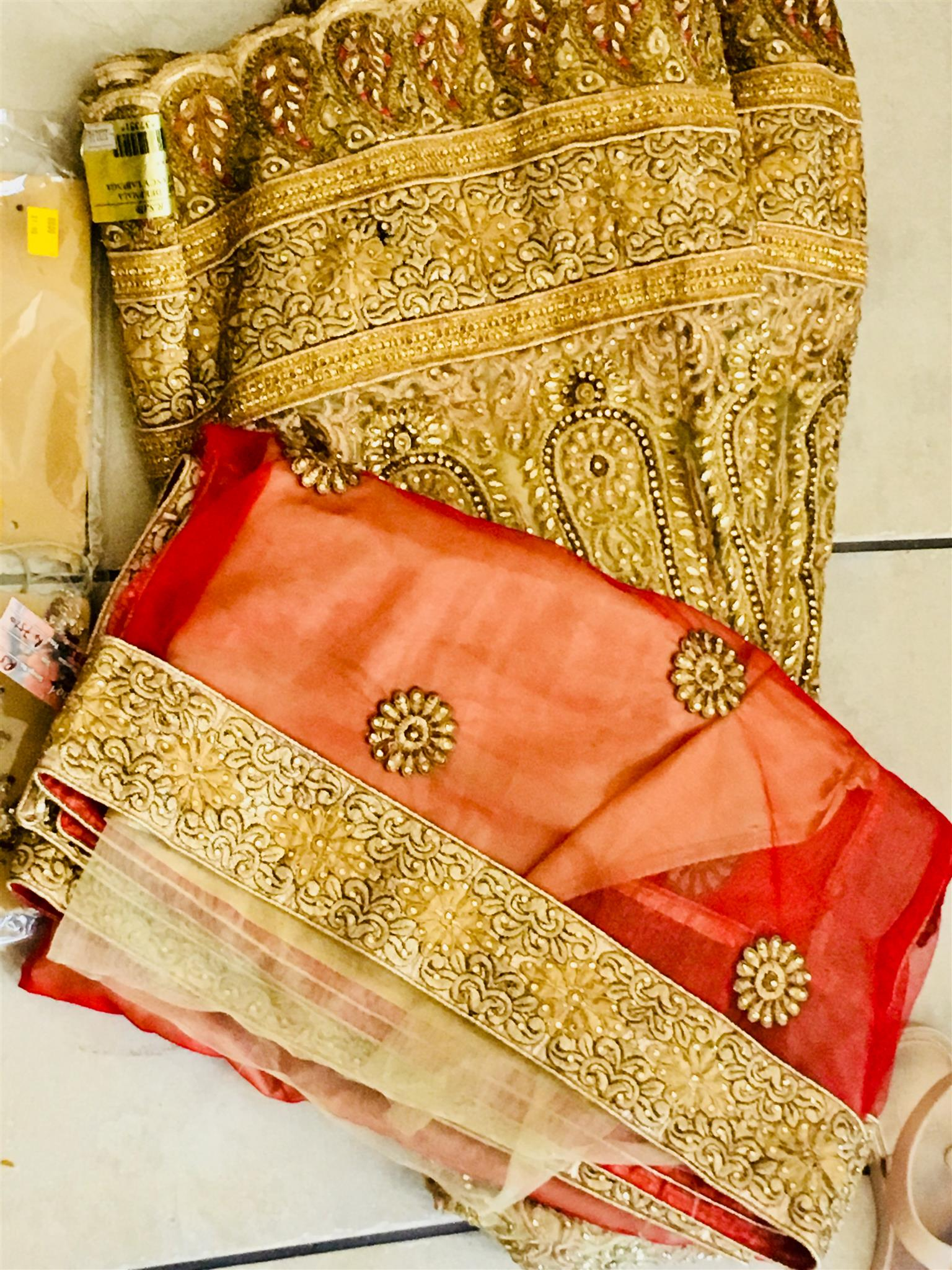 Bridal Garment for sale includes Jewelry set