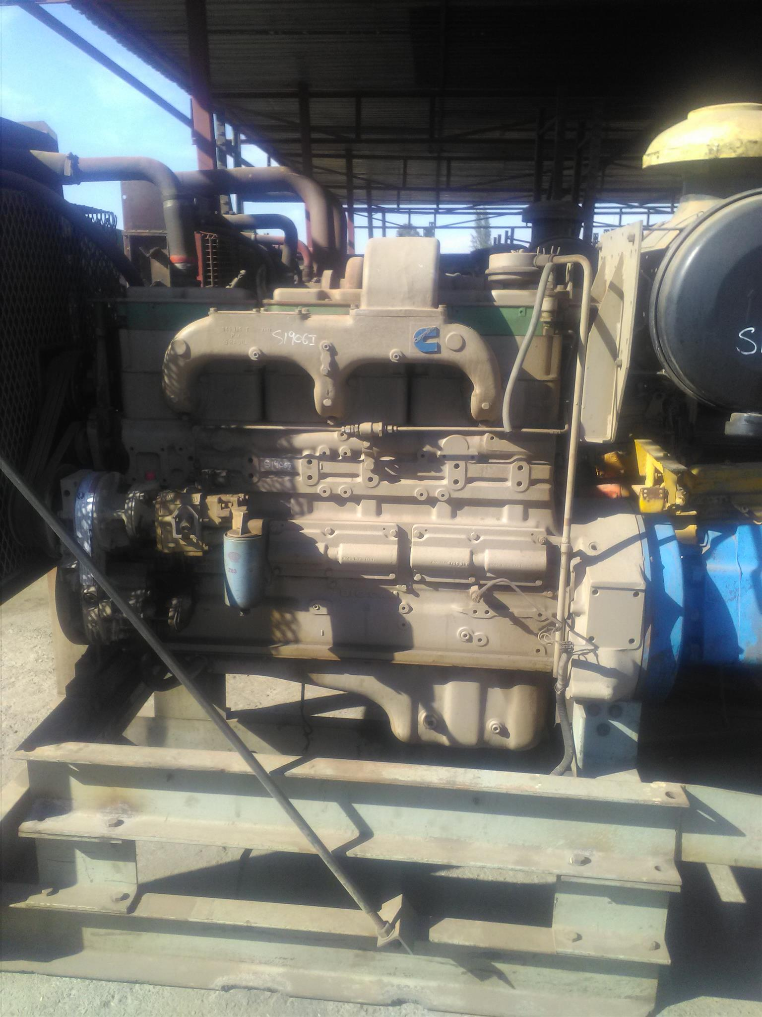 Big Cam 855 Cummins Engines in Perfect running order   R50000 neg Contact  Bertie 072-707-9933
