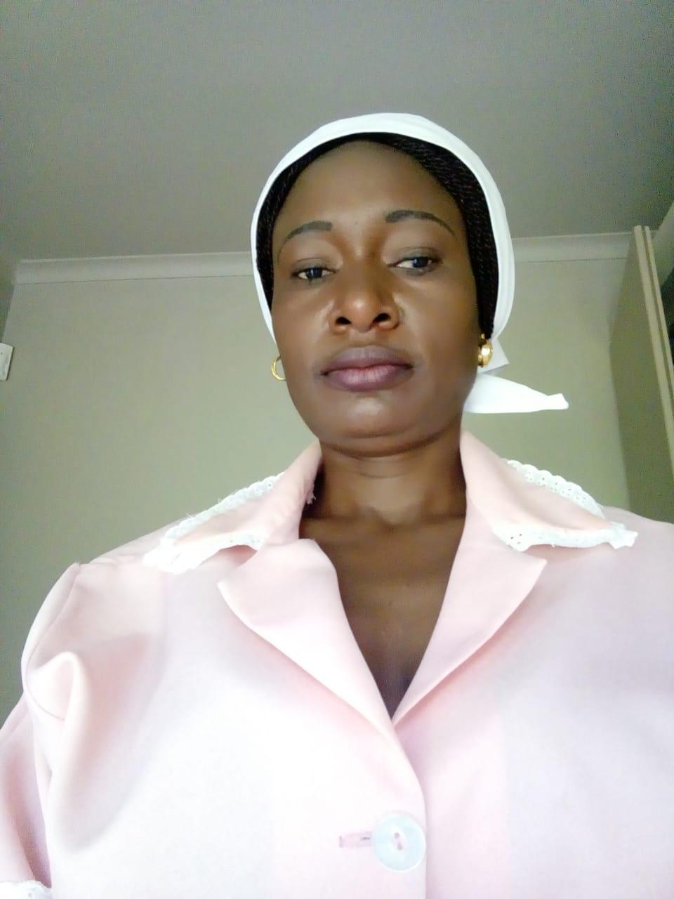 ZIMBABWEAN BABYSITTER/DOMESTIC WORKER