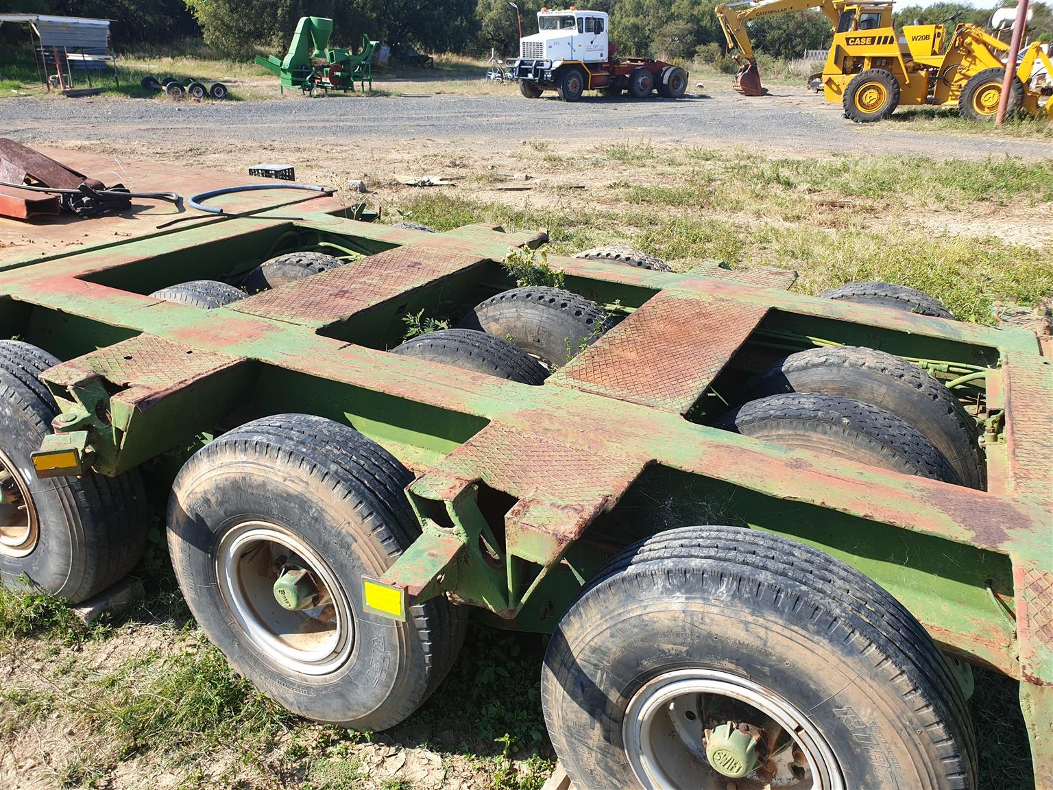 Low bed trailer 45 ton load
